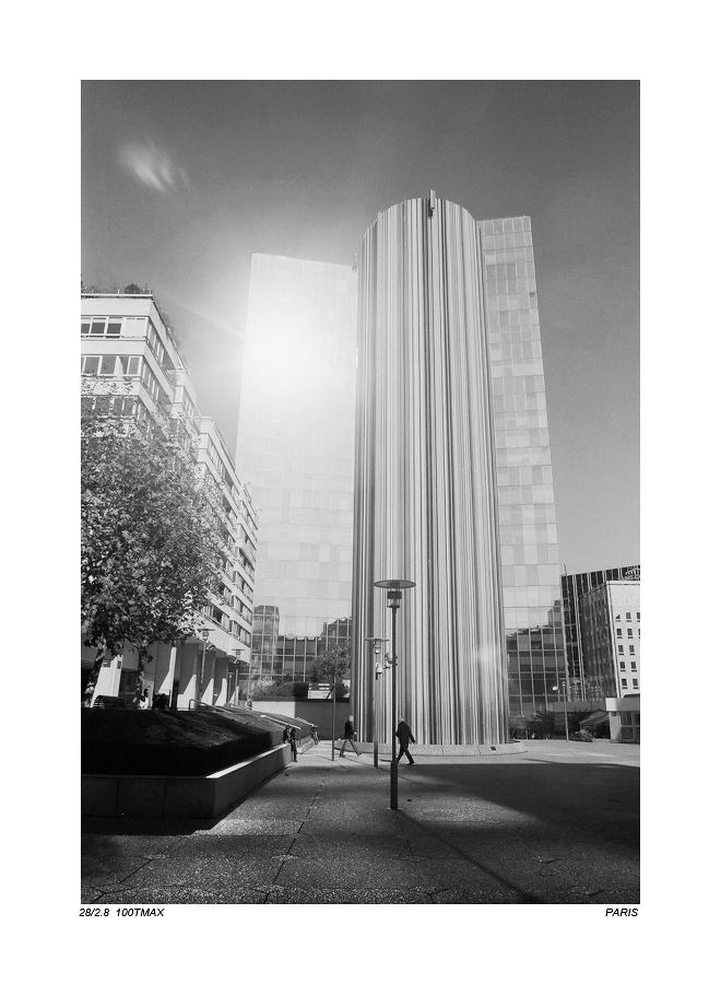 珠海老许作品:La Défense (2)