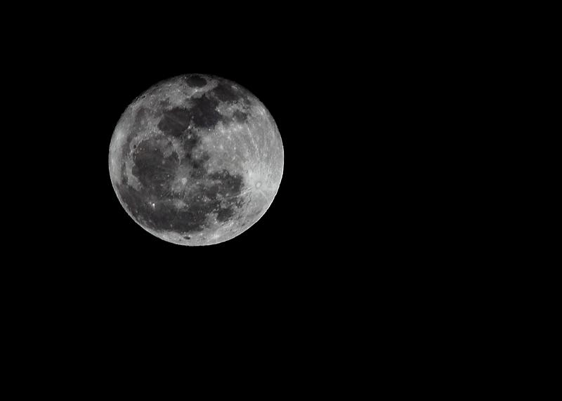 小程的故事作品:十七的月亮