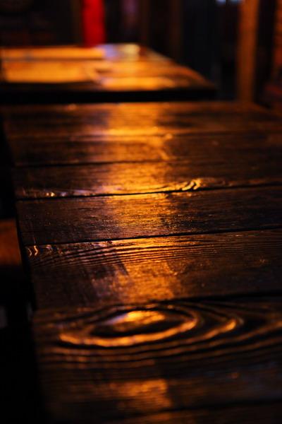 jameswang17作品:桌子上的光线