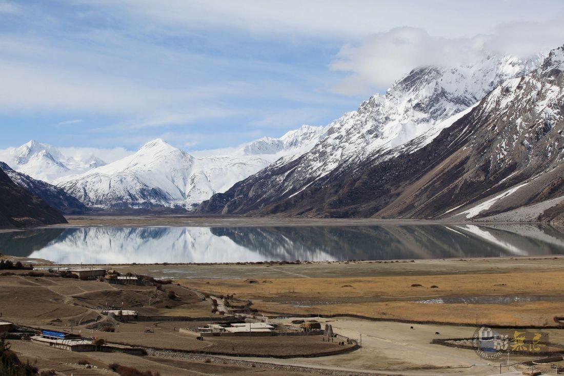 冰山游侠作品:西藏然乌湖