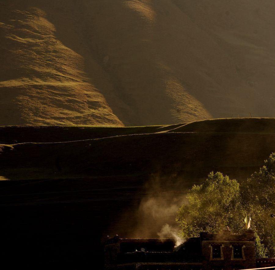 clzy8258作品:新都桥的炊烟