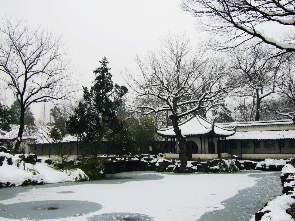 佳兔无敌作品:雪后的苏州园林3