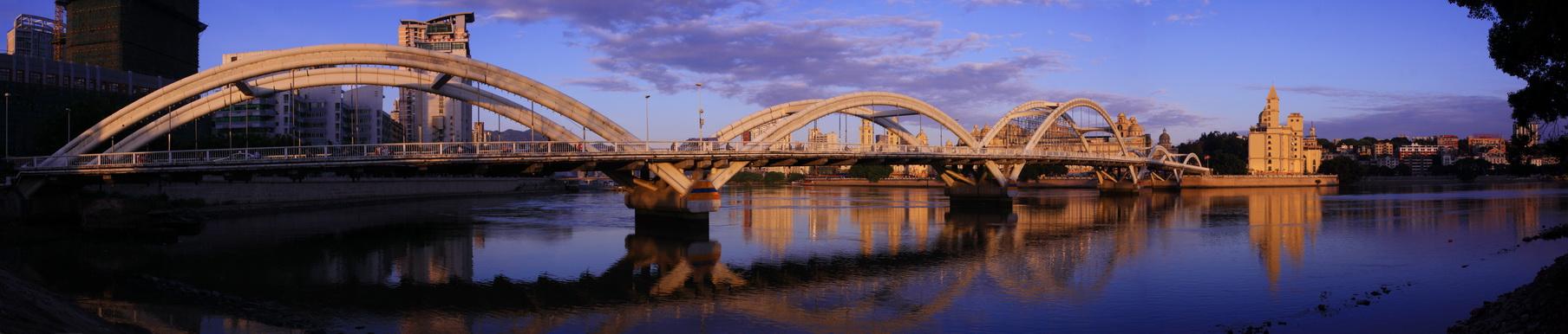 向左转作品:大桥