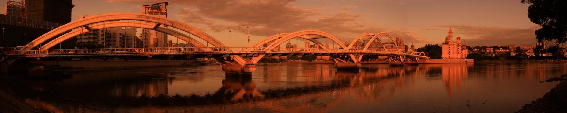 向左转作品:大桥二
