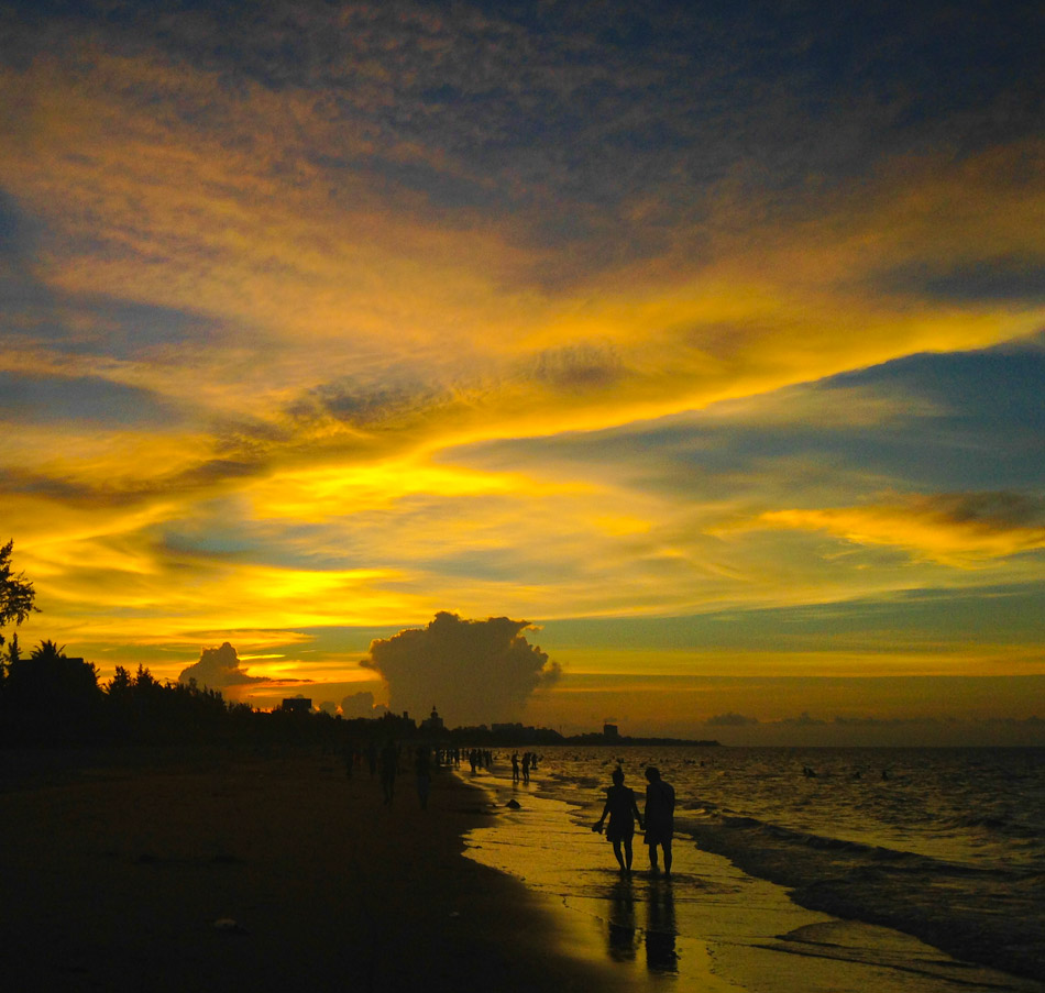 天涯老骥作品:海滩