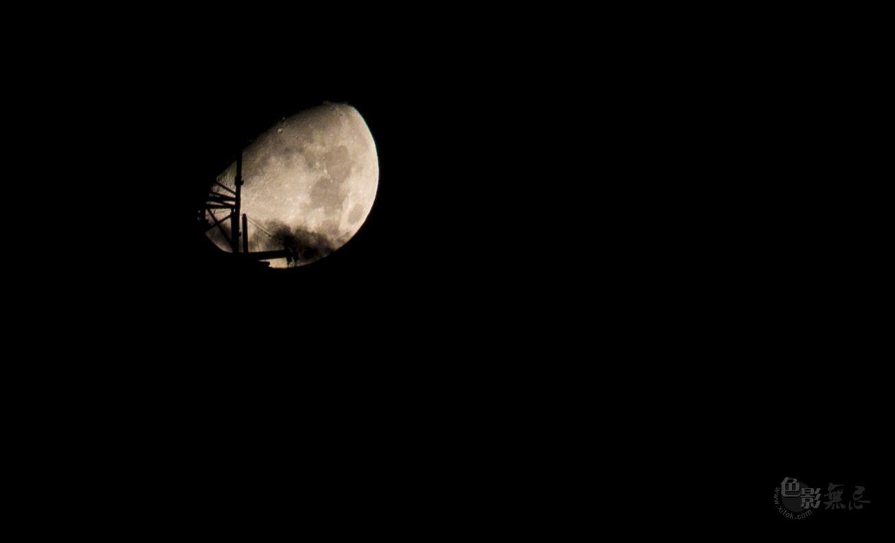 Enochina作品:今晚的月亮