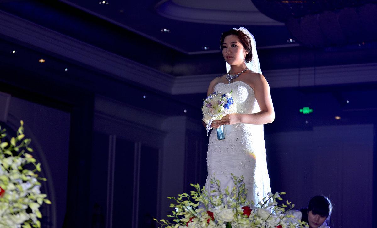 狮子123作品:★出嫁的新娘★