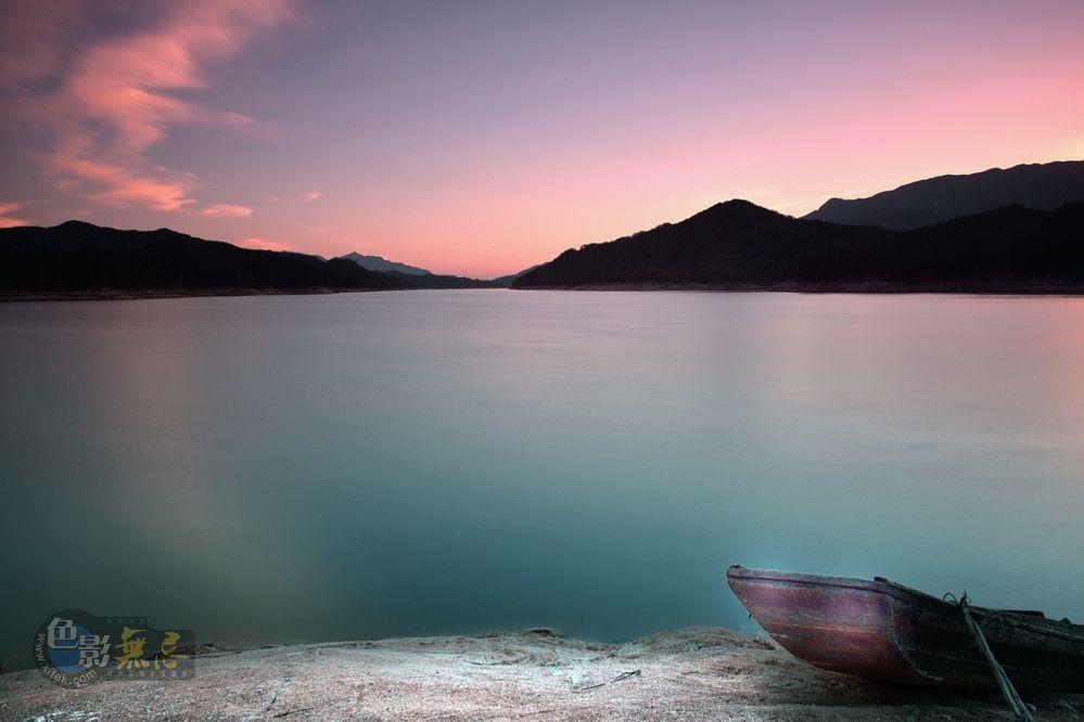 laogo作品:天堂湖