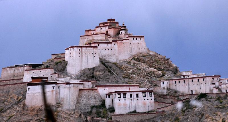 何影作品:西藏小景