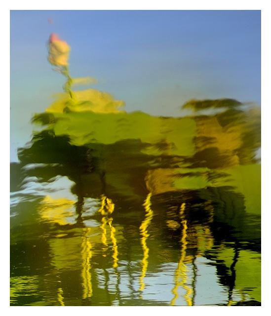 剪草工作品:秋的荷塘