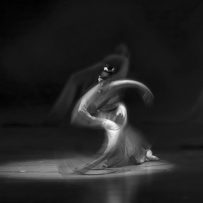 lh8866作品:舞者