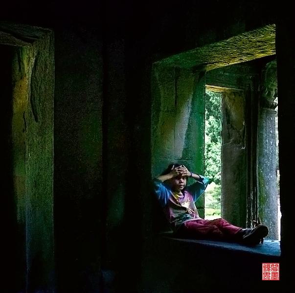 闻墨作品:摄于柬埔寨