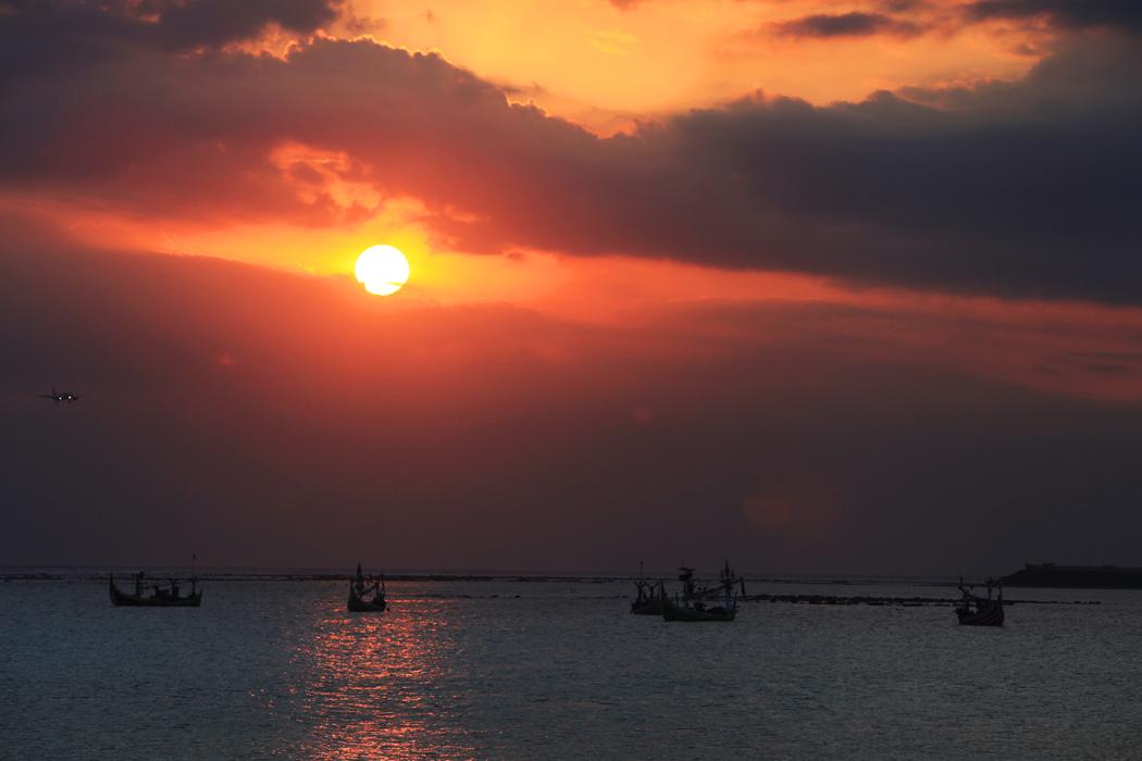 志在巅峰作品:巴厘岛落霞