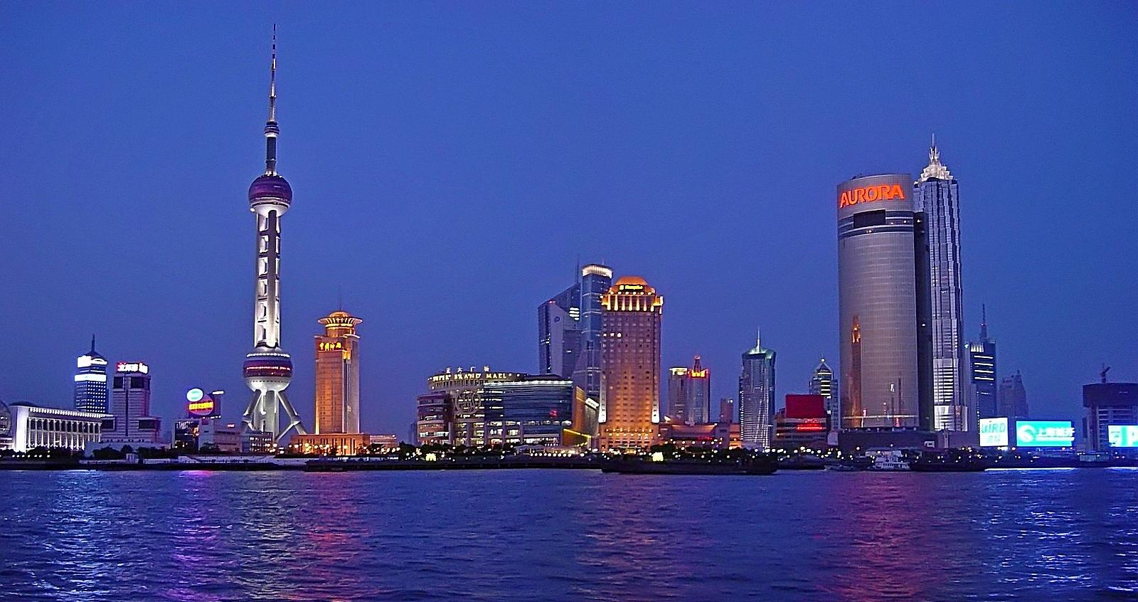 余鸣作品:十年前的上海绿家嘴