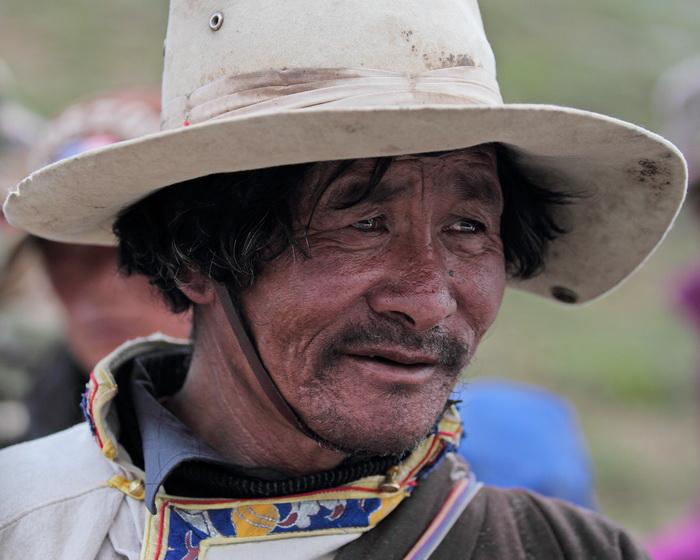 tiger8989作品:转山路上的藏族男人