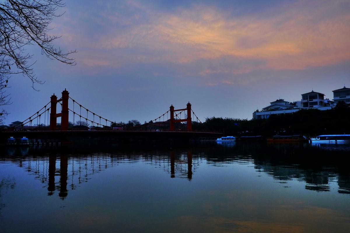 雾之松作品:榕湖景区-桂林