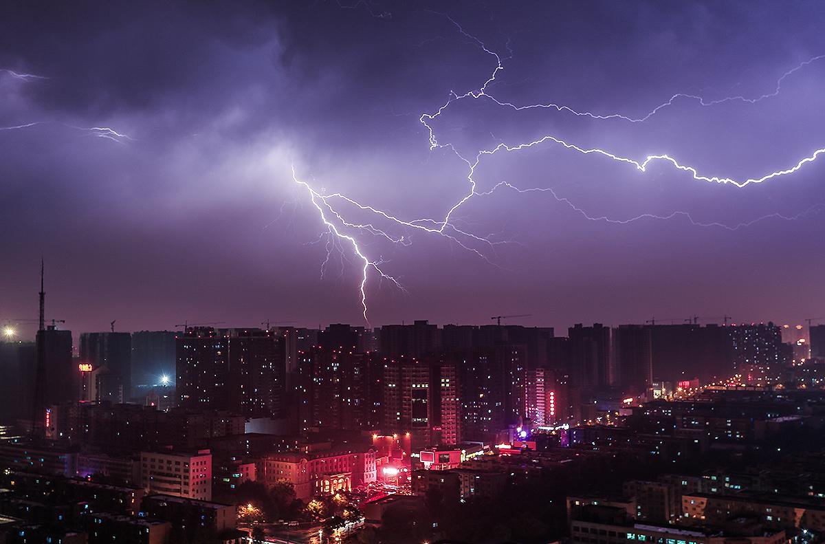 曝光作品:今夜雷暴!