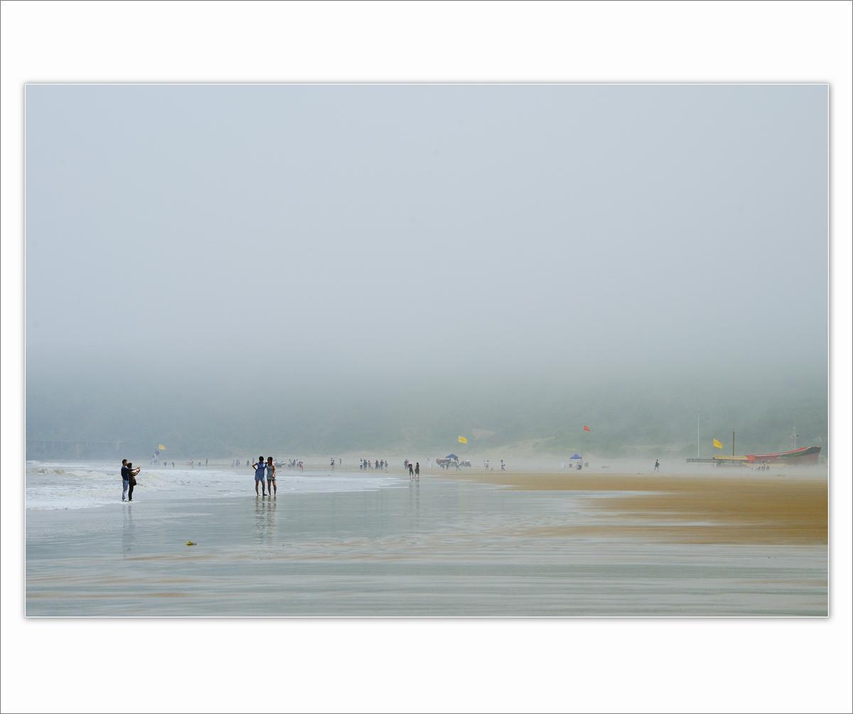 wsz作品:雾漫海滩