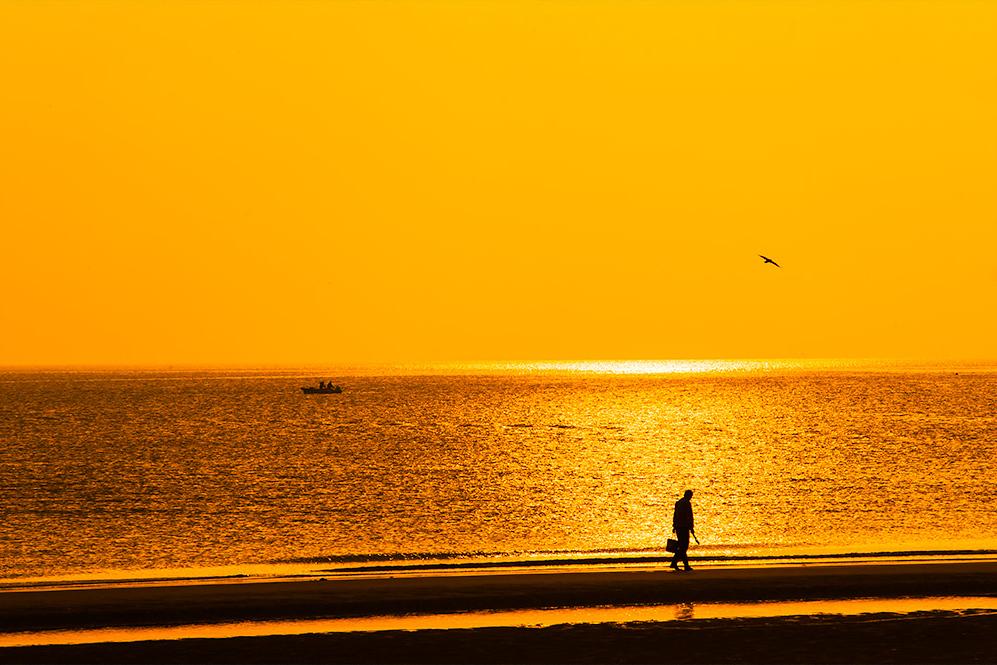 塔塔特洛夫斯基作品:海上晨光