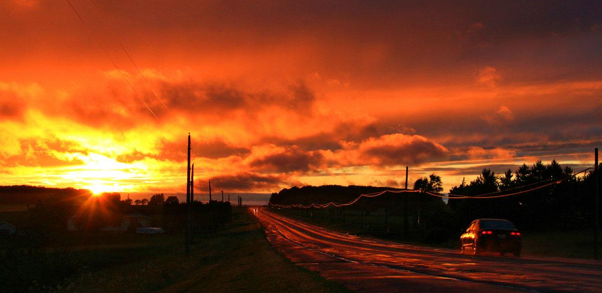 太阳滋味作品:黄昏的路
