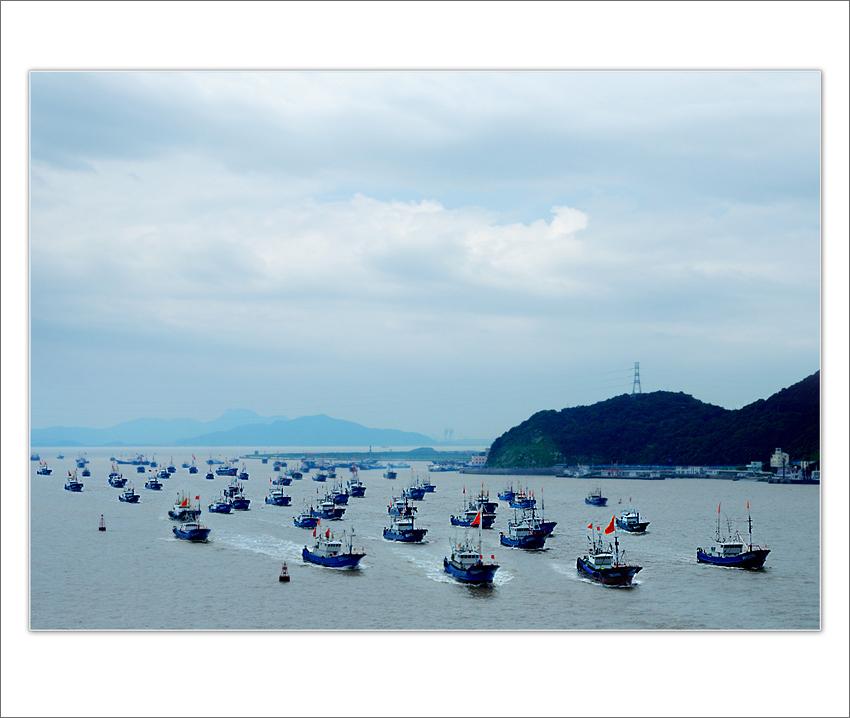 wsz作品:百舸争流上渔场