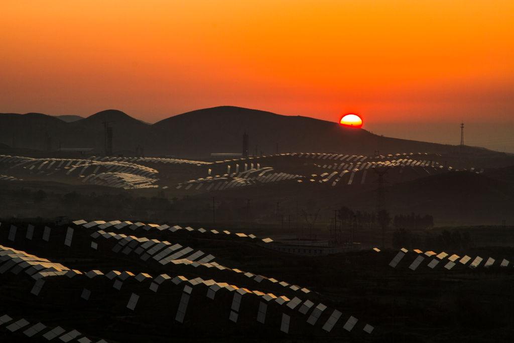 漫步春天作品:新能源之光