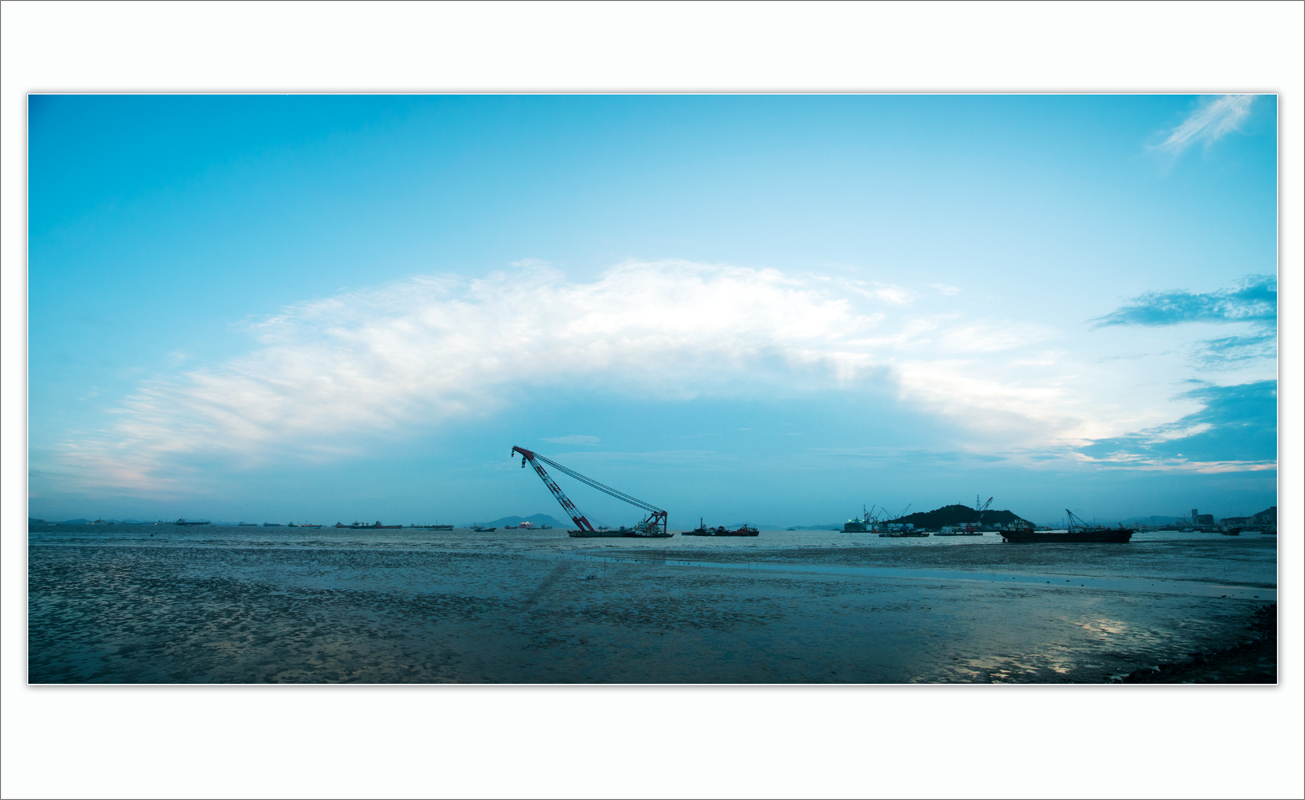wsz作品:海边的云......