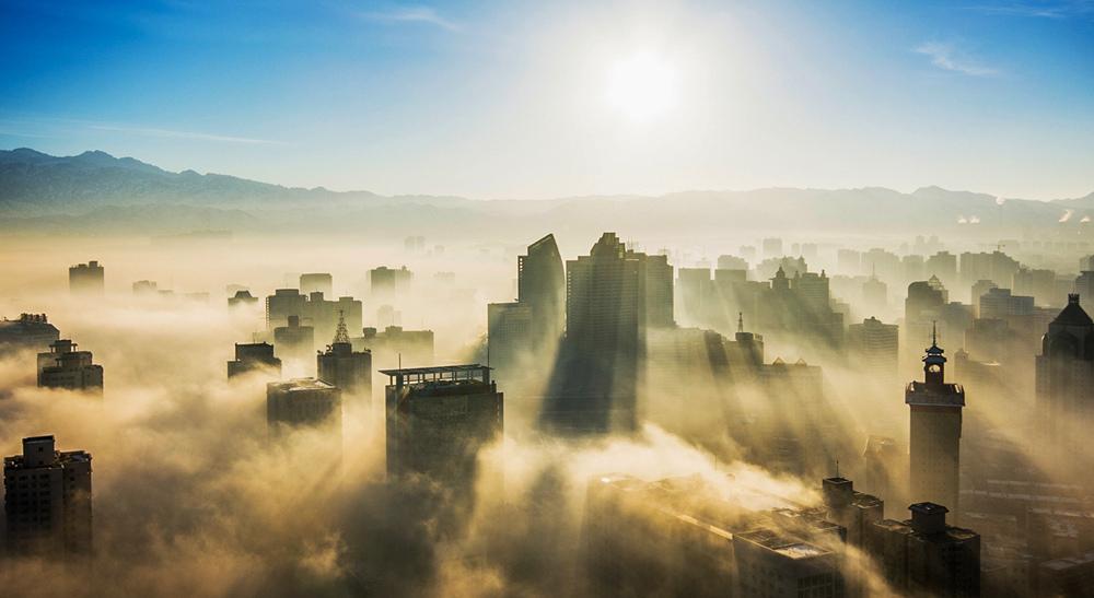 闻一光作品:雾境