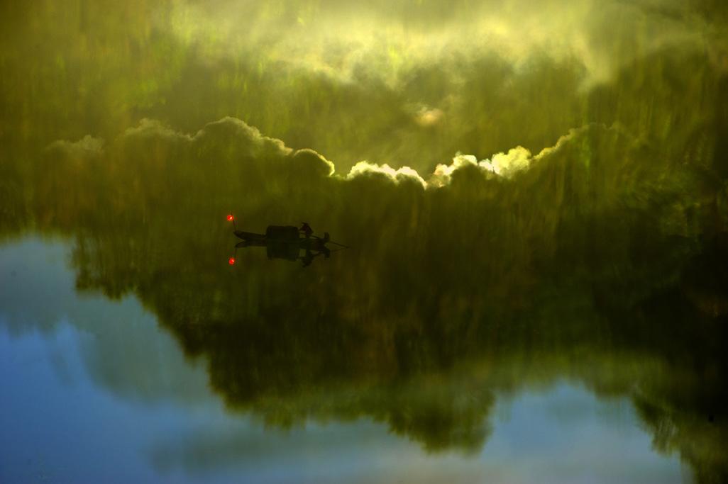 关弓作品:野渡横舟