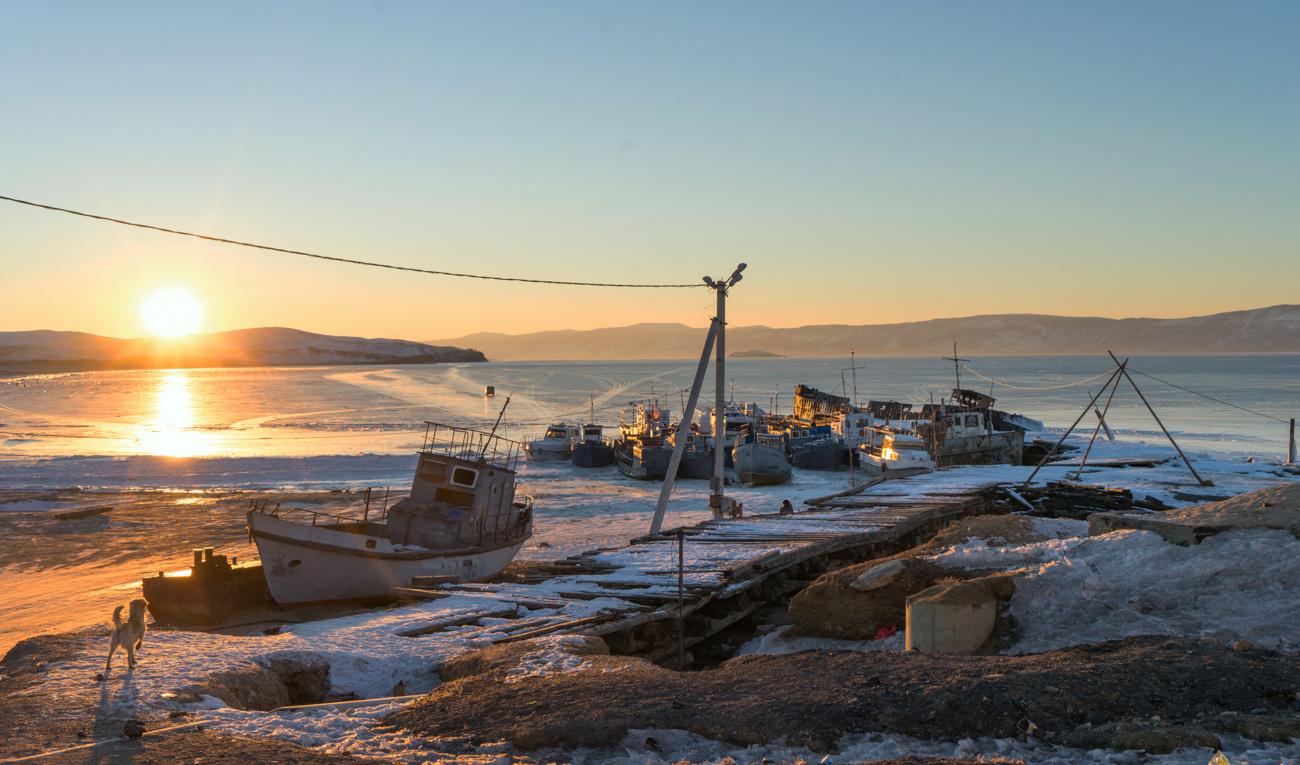 zzzzackk作品:冬季贝加尔湖