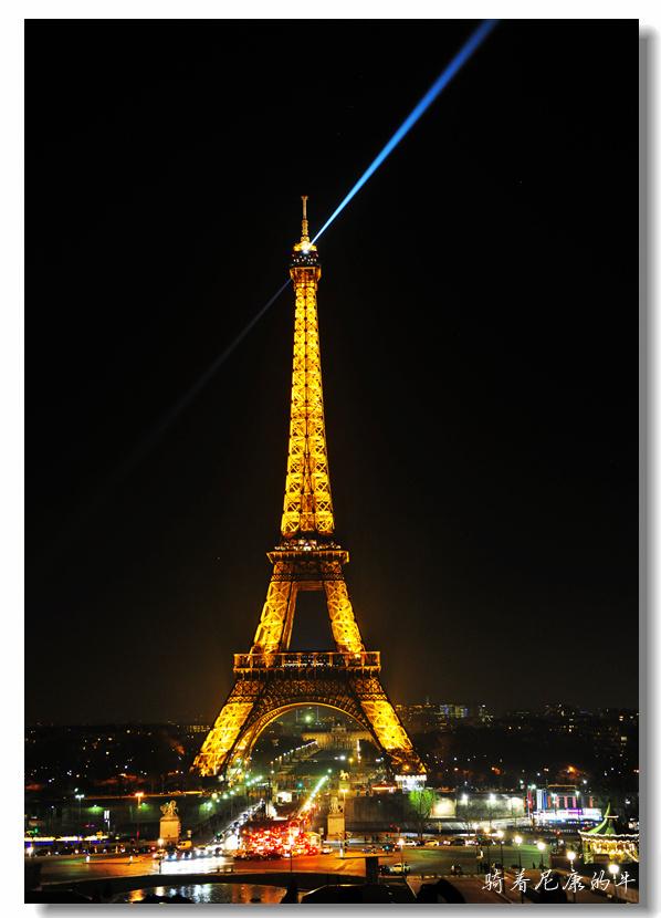 骑着尼康的牛作品:Eiffel Tower