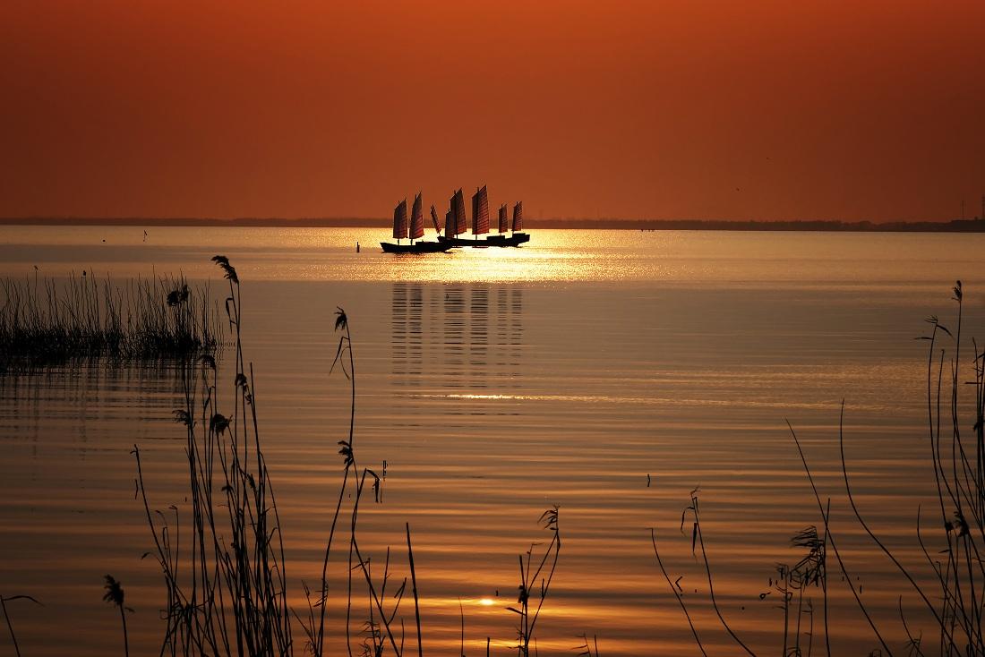 tiancs作品:太湖帆影