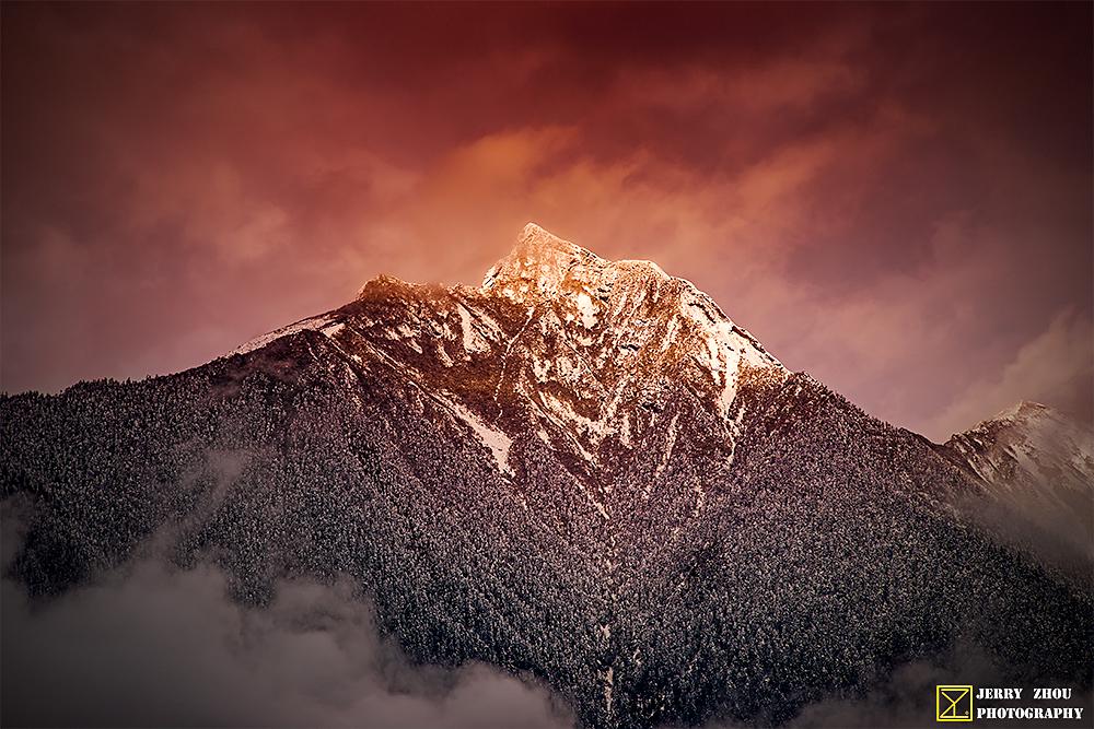 大号油画刀作品:米林县的雪山