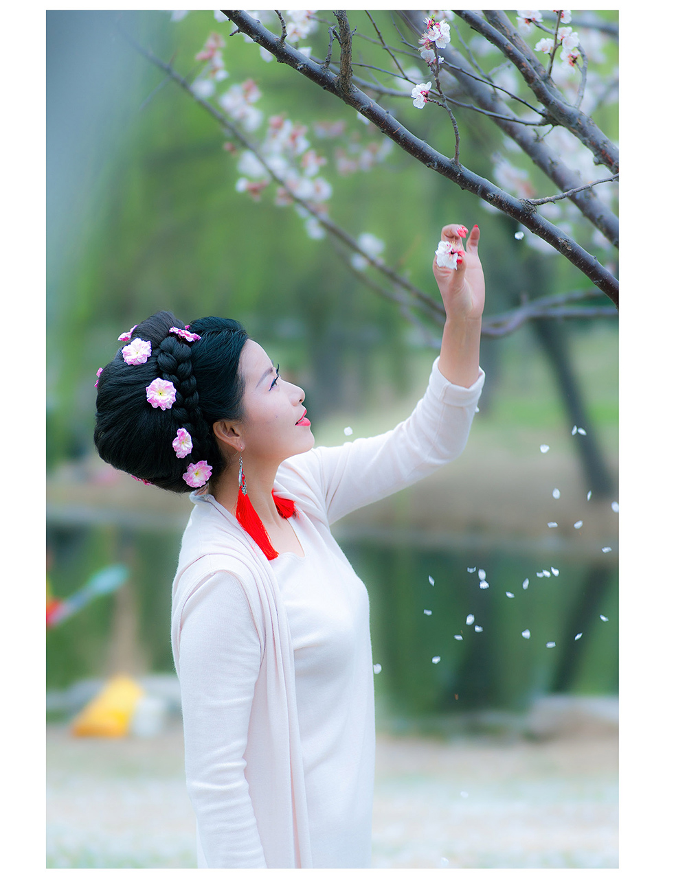 乱拍的家伙作品:三月,桃花雨