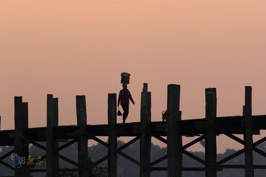 h2o教徒作品:乌本桥之一
