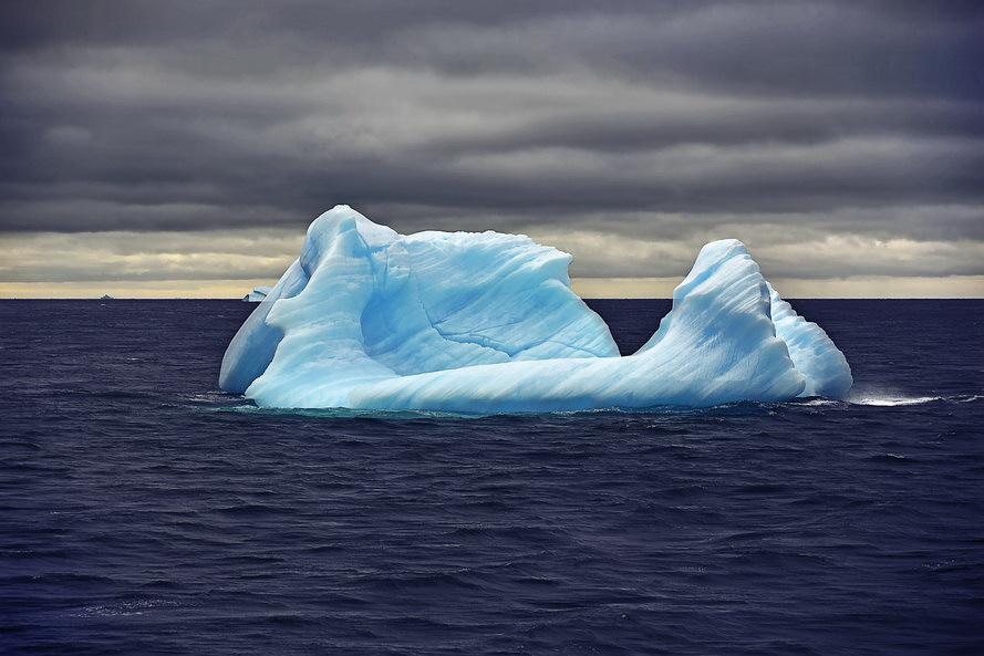 散淡居闲人作品:南极浮冰