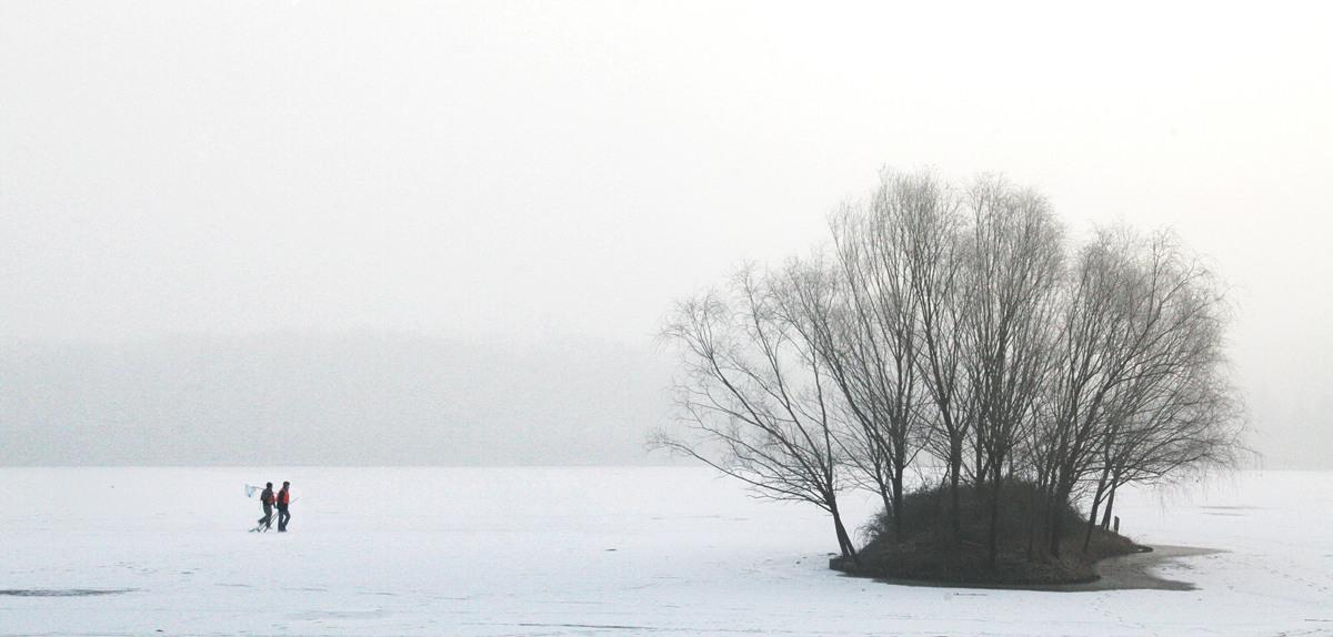 黄赛作品:冬钓