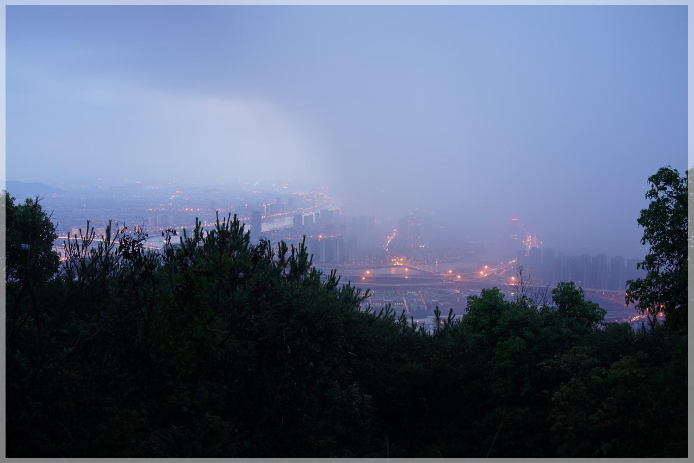 walkman20作品:暴风雨中的福州城