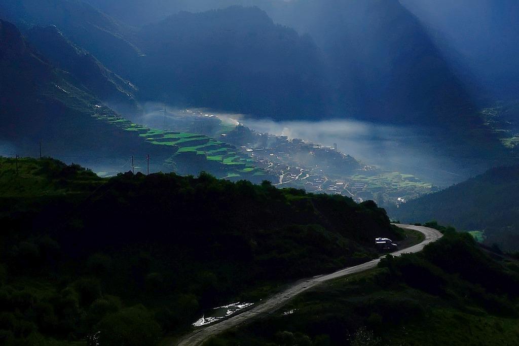 yuanpx作品:扎尕那薄雾
