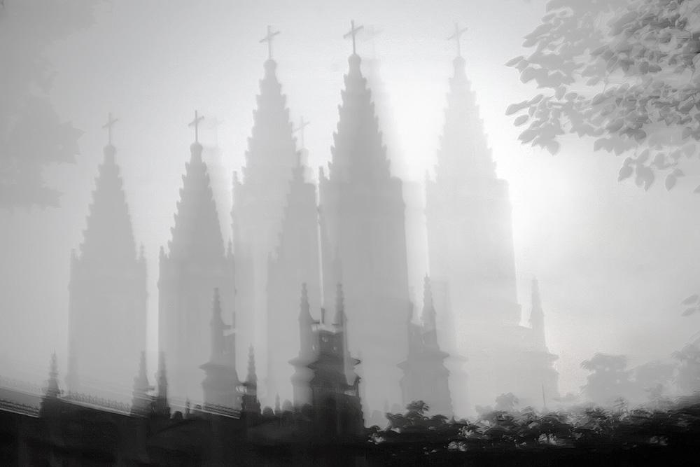 一色夫作品:济南洪家楼天主教堂