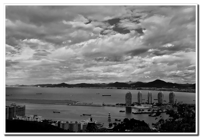 老张喜爱摄影作品:海南的一个港湾