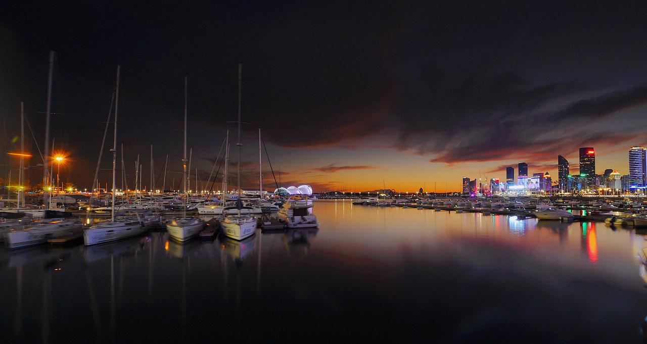 青岛老李作品:青岛的港湾夜色