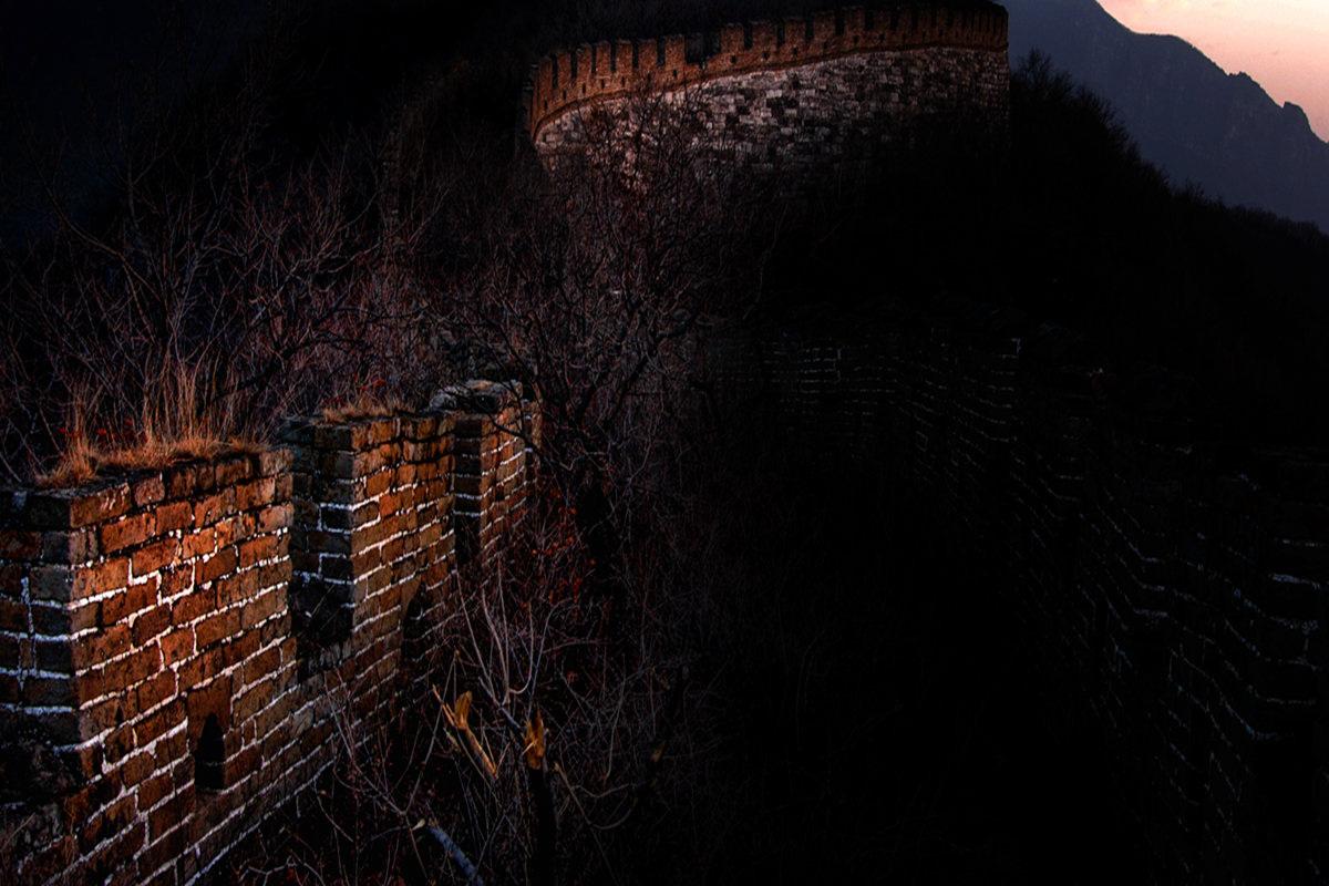 黄赛作品:西大墙