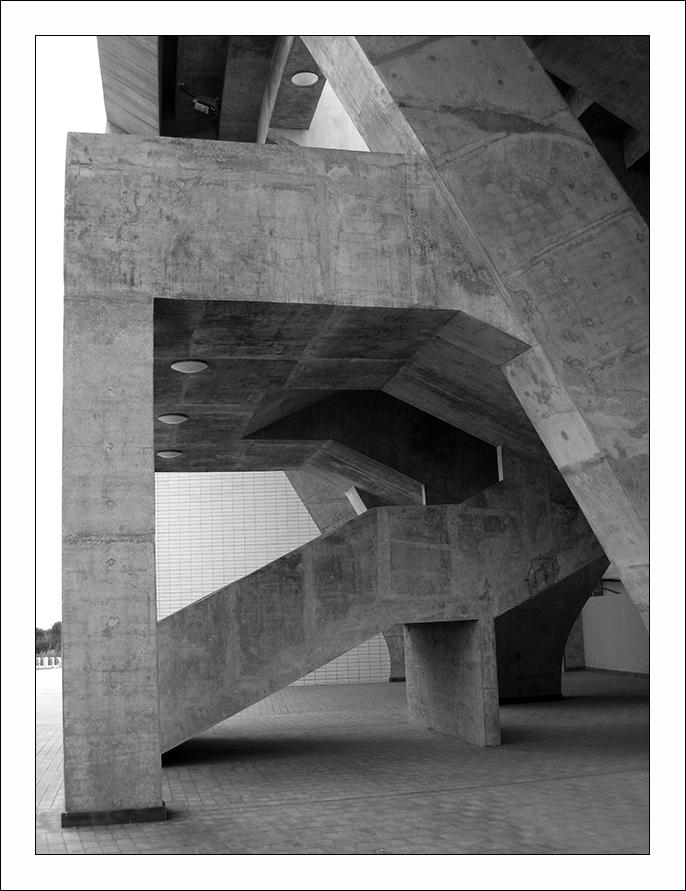安徽老玉米作品:《混凝土结构》