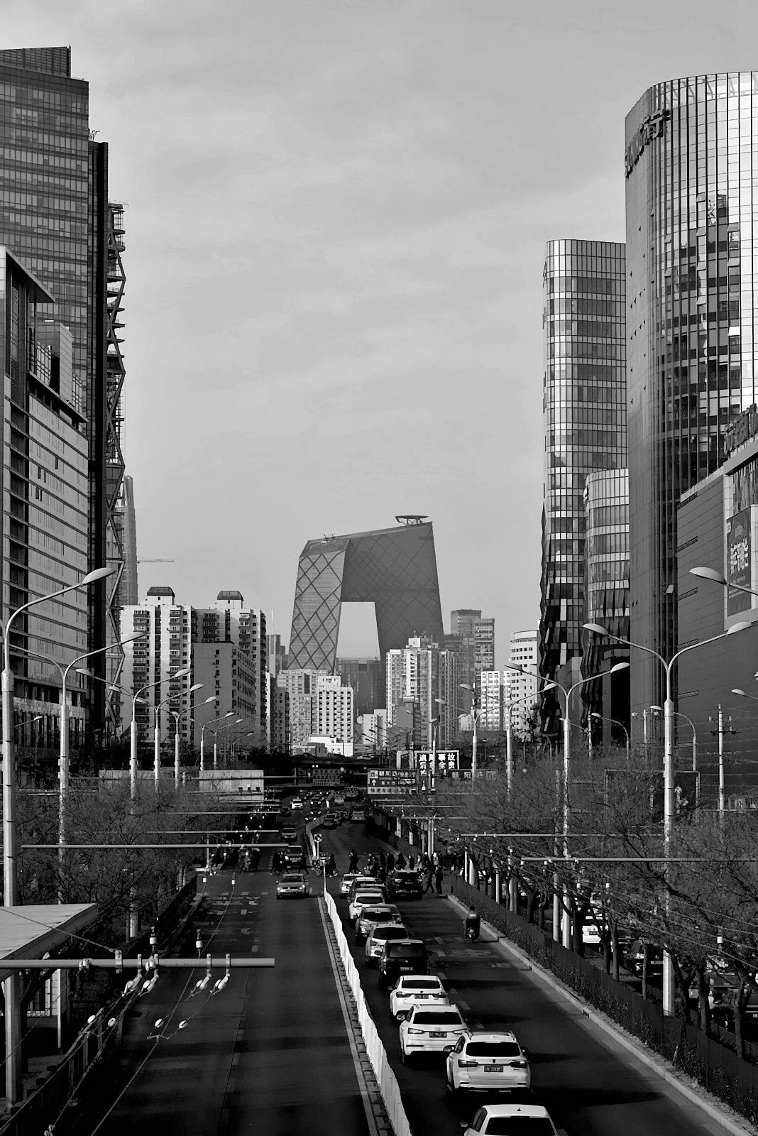 老张喜爱摄影作品:北京市里一条普通街道