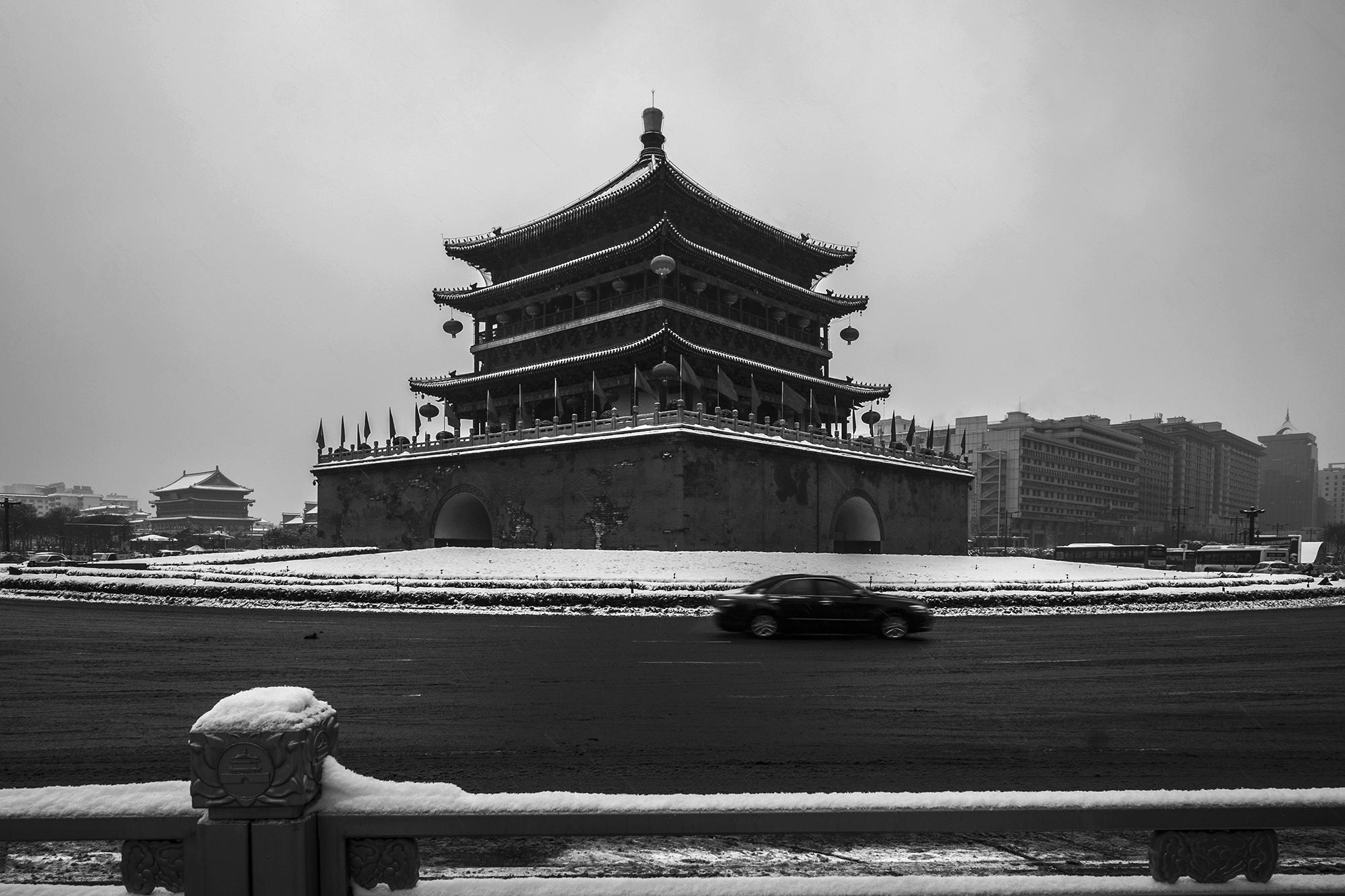林泉一叟作品:古城好大雪(一)