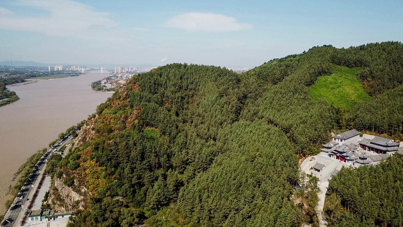 江山秀作品:俯瞰江山