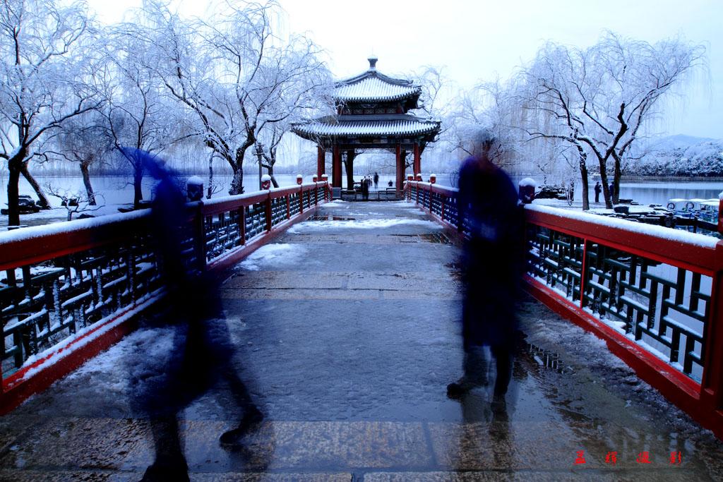 孟辉作品:颐和园看雪