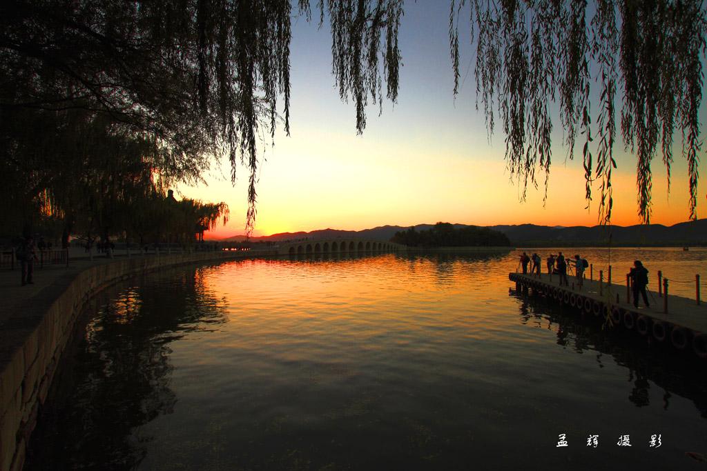 孟辉作品:夕阳颐和园