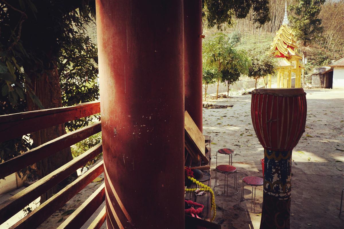 菠萝菠萝蜜蜂作品:象脚鼓